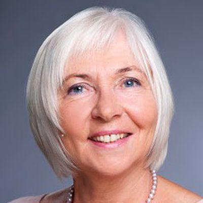 Marianne Riedling